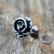 Piercing cartilage rose style antique
