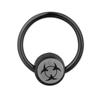 Piercing anneau captif ionisé noir avec symbole biohazard