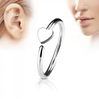 Piercing anneau nez / cartilage à coeur
