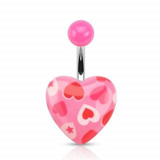 Piercing nombril à coeurs et étoiles sur coeur rose